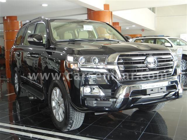 2017 Toyota Land Cruiser GXR V8 Black Edition