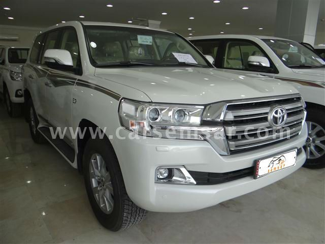 2016 Toyota Land Cruiser VXR