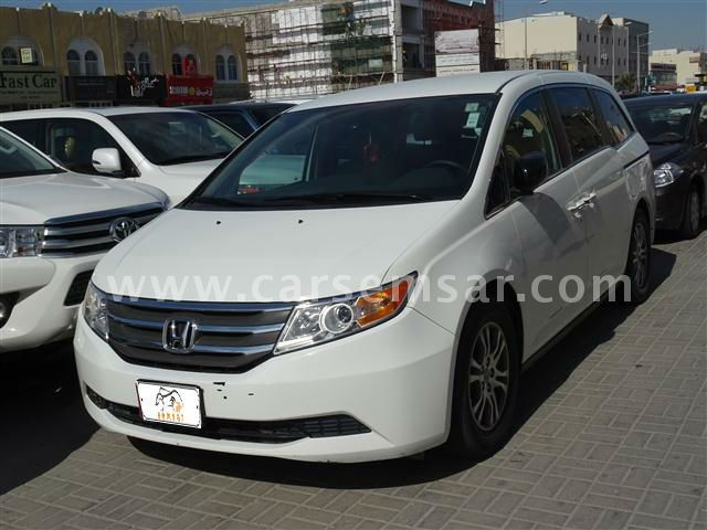 2012 honda odyssey touring for sale in qatar new and. Black Bedroom Furniture Sets. Home Design Ideas