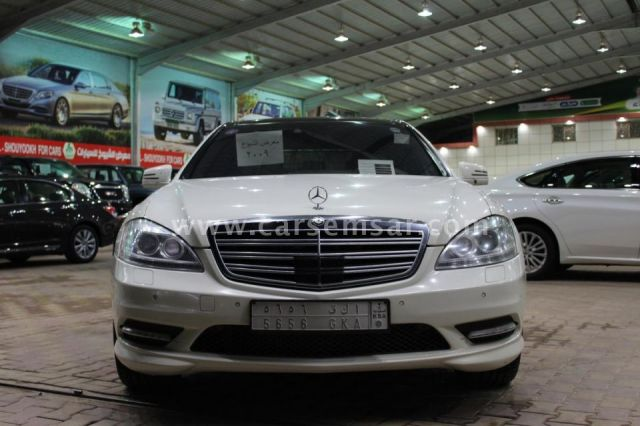 2009 مرسيدس بنز الفئه S 350