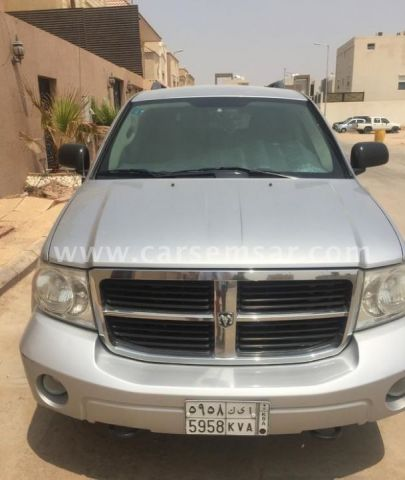 2009 dodge durango se for sale in qatar new and used. Black Bedroom Furniture Sets. Home Design Ideas