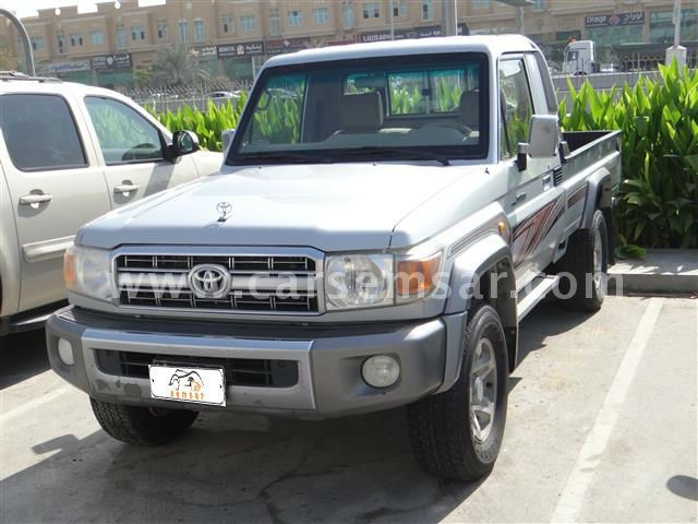 2010 Toyota Land Cruiser Pickup LX