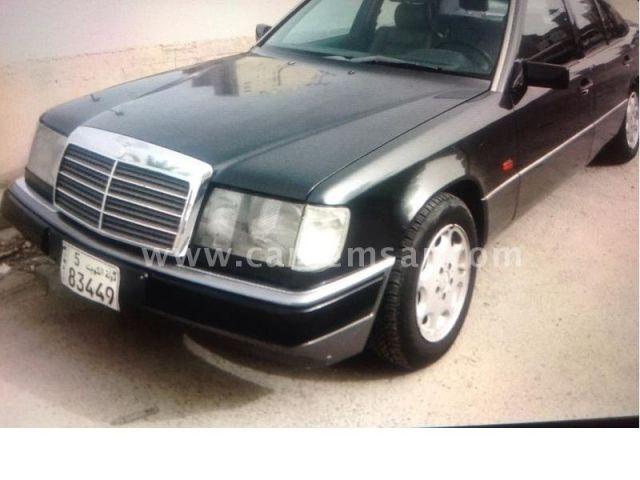 1992 Mercedes-Benz E-Class E 200