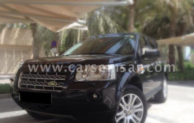 http://carsemsar.s3.amazonaws.com/cars/2016/11/27/7390120423309176/583b2b106cdbb6.18303543/photo-lg.jpg