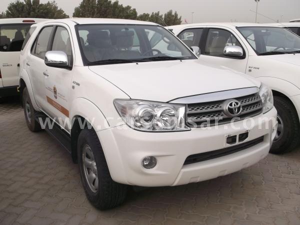 2011 Toyota Fortuner SR5