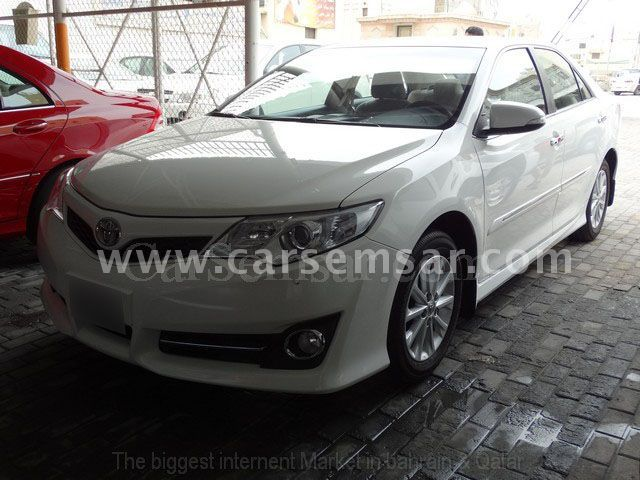 2012 toyota camry glx for sale in bahrain new and used cars for sale in bahrain. Black Bedroom Furniture Sets. Home Design Ideas