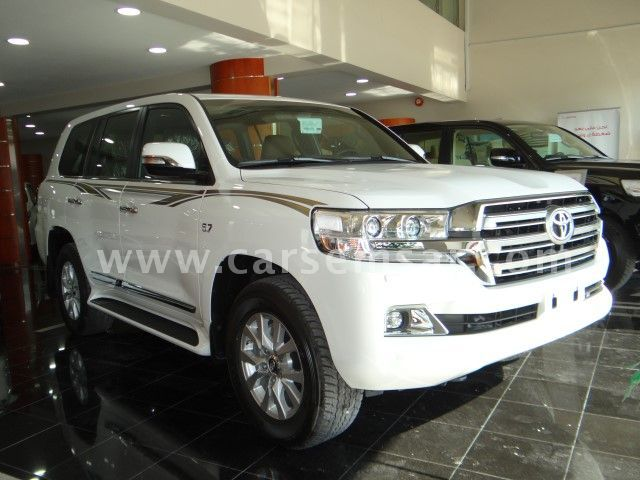 2017 Toyota Land Cruiser VXR