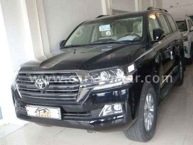 2017 Toyota Land Cruiser VXR Black Edition for sale in ...