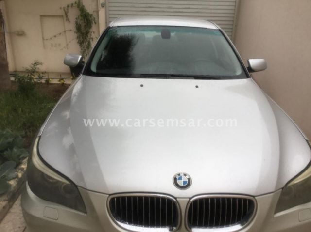 2009 BMW 5-series 523i