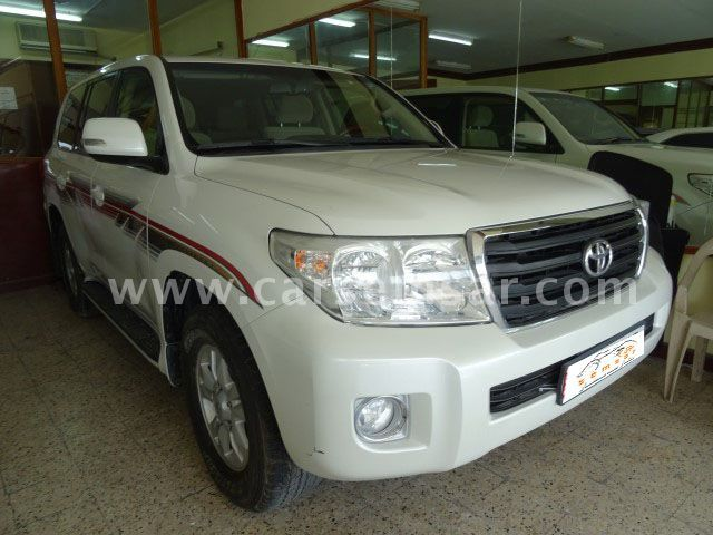 2013 Toyota Land Cruiser GX