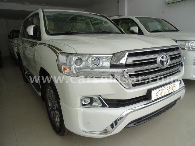 2017 Toyota Land Cruiser VXR