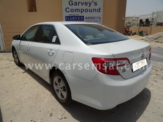 2015 toyota camry gl for sale in qatar new and used cars. Black Bedroom Furniture Sets. Home Design Ideas