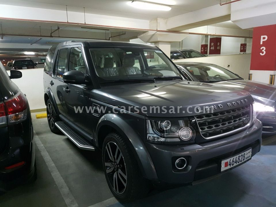 2014 land rover lr4 se for sale in bahrain new and used cars for sale in bahrain. Black Bedroom Furniture Sets. Home Design Ideas