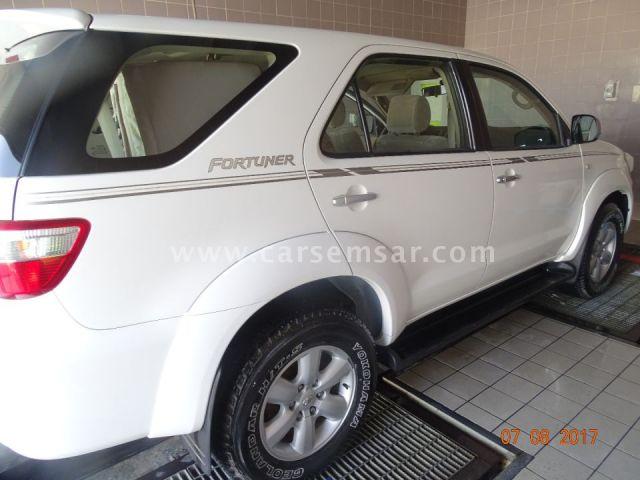 2009 Toyota Fortuner SR5