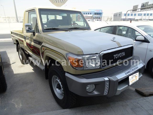 2017 Toyota Land Cruiser Pickup LX