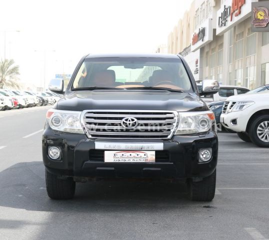2012 Toyota Land Cruiser VXR
