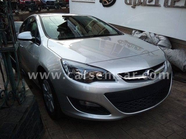 2018 opel astra 1 6 for sale in egypt new and used cars. Black Bedroom Furniture Sets. Home Design Ideas