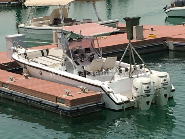GulfCraft 32ft 2x Evinrude 225Hp etec