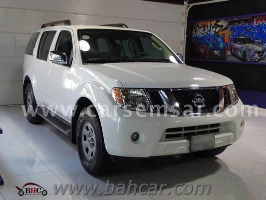 2011 nissan pathfinder se for sale in bahrain new and used cars for sale in bahrain. Black Bedroom Furniture Sets. Home Design Ideas