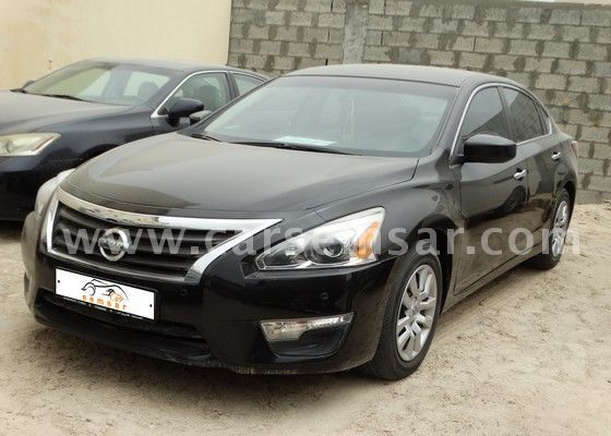 2013 nissan altima 2 5 s for sale in bahrain new and used cars for sale in bahrain. Black Bedroom Furniture Sets. Home Design Ideas