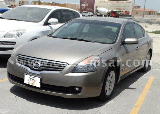 2008 nissan altima 2 5 s for sale in bahrain new and used cars for sale in bahrain. Black Bedroom Furniture Sets. Home Design Ideas