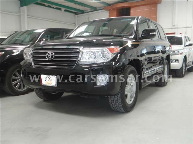 2015 toyota land cruiser gxr v8 for sale in qatar new and used cars for sale in qatar. Black Bedroom Furniture Sets. Home Design Ideas