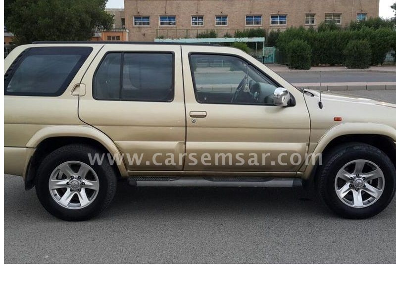 2004 Nissan Pathfinder 3 5 for sale in Kuwait - New and used