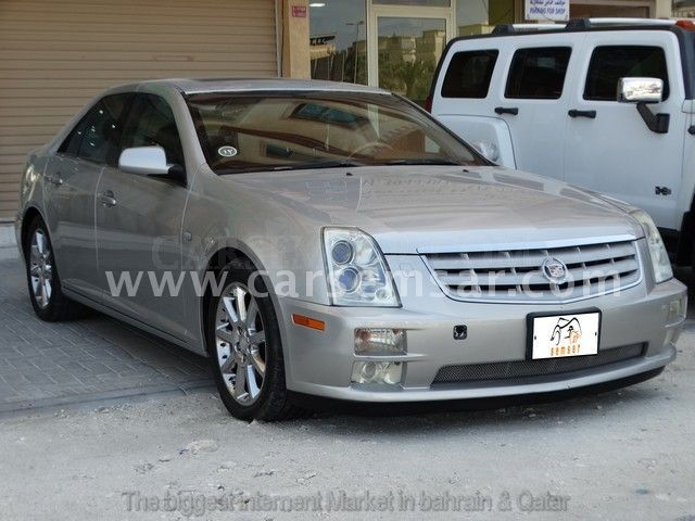 2005 cadillac sts 4 6 v8 for sale in bahrain new and used cars for sale in bahrain. Black Bedroom Furniture Sets. Home Design Ideas