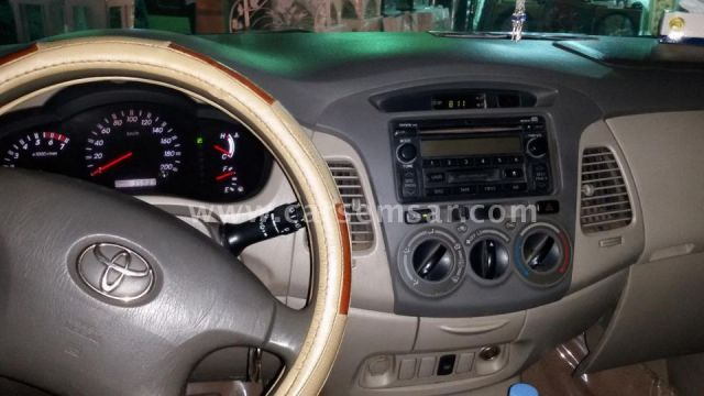 2009 Toyota Innova 2.7
