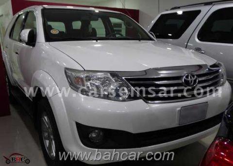 2012 Toyota Fortuner SR5
