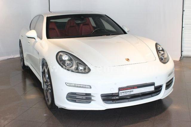2014 Porsche Panamera 4S
