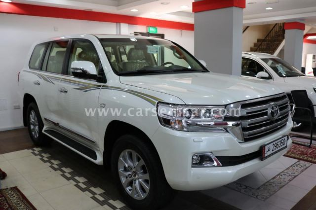 2017 Toyota Land Cruiser Vxr For Sale In Qatar New And Used Cars