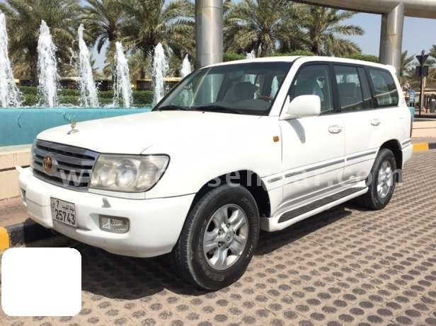 2006 toyota land cruiser gxr for sale in kuwait new and used cars for sale in kuwait. Black Bedroom Furniture Sets. Home Design Ideas