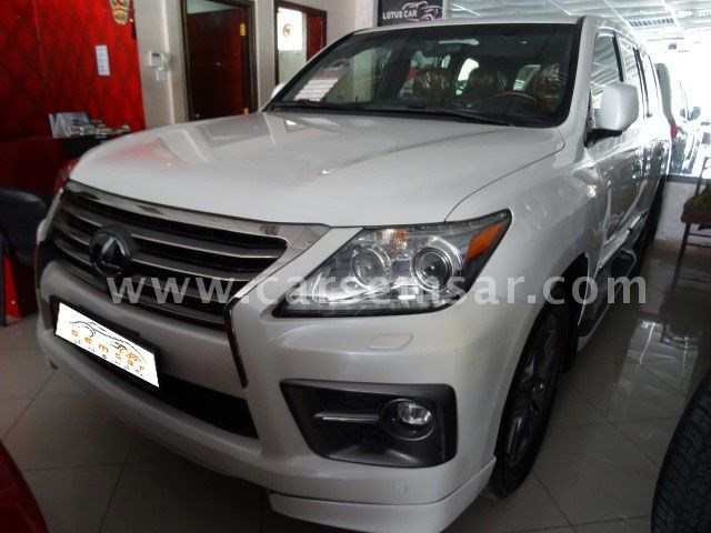 2014 Lexus LX 570 Sport for sale in Qatar - New and used