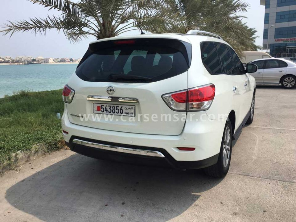 2015 nissan pathfinder 4 0 for sale in bahrain new and used cars for sale in bahrain. Black Bedroom Furniture Sets. Home Design Ideas