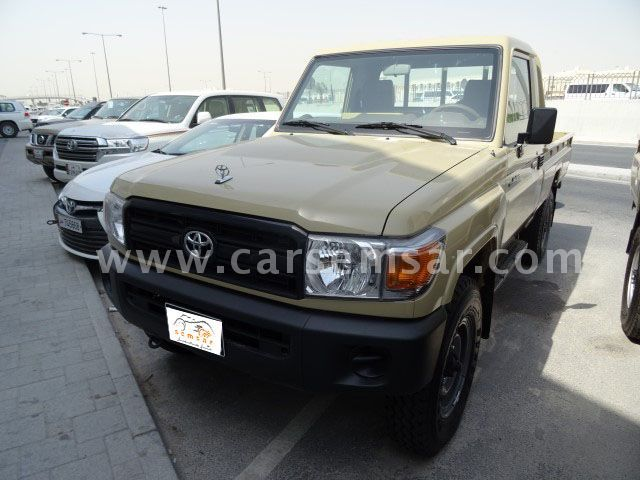 2017 Toyota Land Cruiser Pickup LX