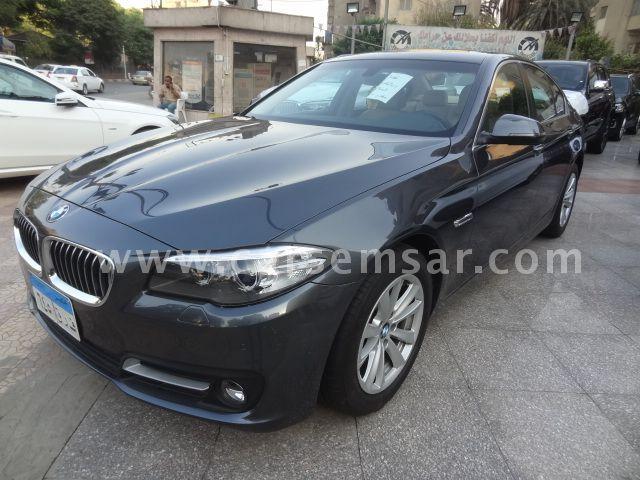 2017 BMW 5-Series 520i