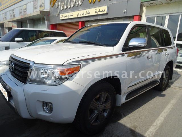 2015 Toyota Land Cruiser GXR V8