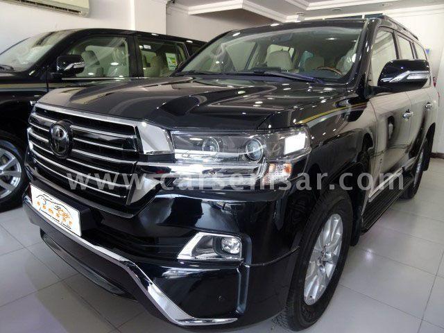 2018 Toyota Land Cruiser GXR V8 Black Edition