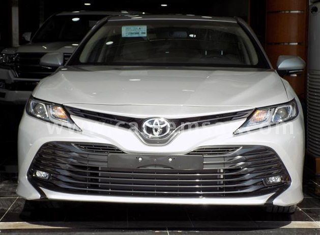 2018 Toyota Camry GLE