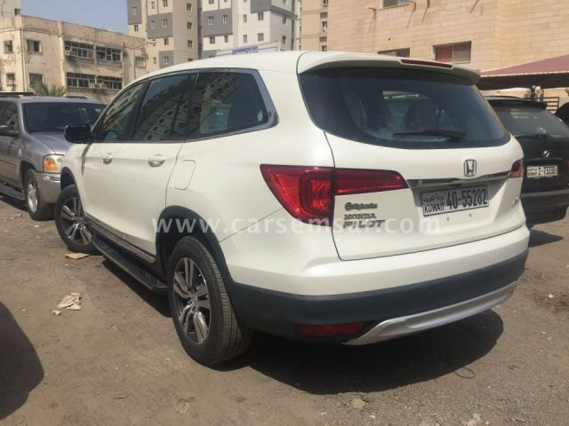 2016 Honda Pilot EX for sale in Kuwait - New and used cars for sale in Kuwait