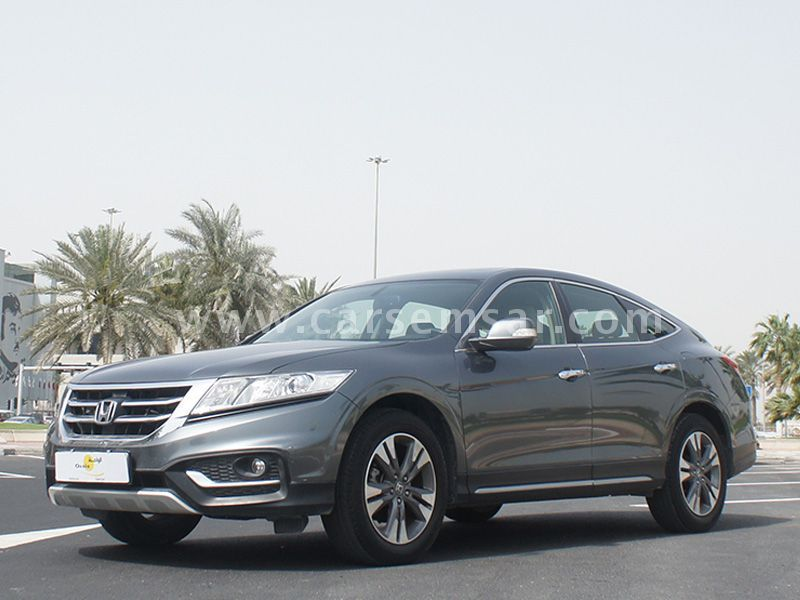 2014 honda accord crosstour for sale in qatar new and used cars for sale in qatar. Black Bedroom Furniture Sets. Home Design Ideas