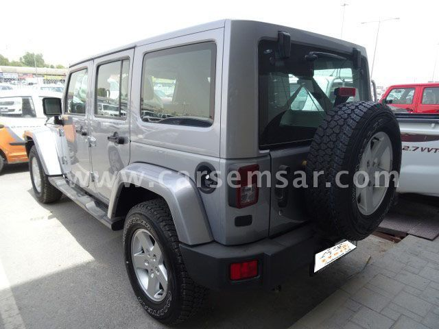 2016 jeep wrangler 3 6 sahara for sale in qatar new and used cars for sale in qatar. Black Bedroom Furniture Sets. Home Design Ideas
