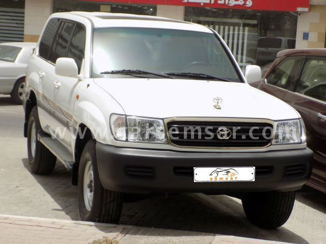 2000 Toyota Land Cruiser GXR