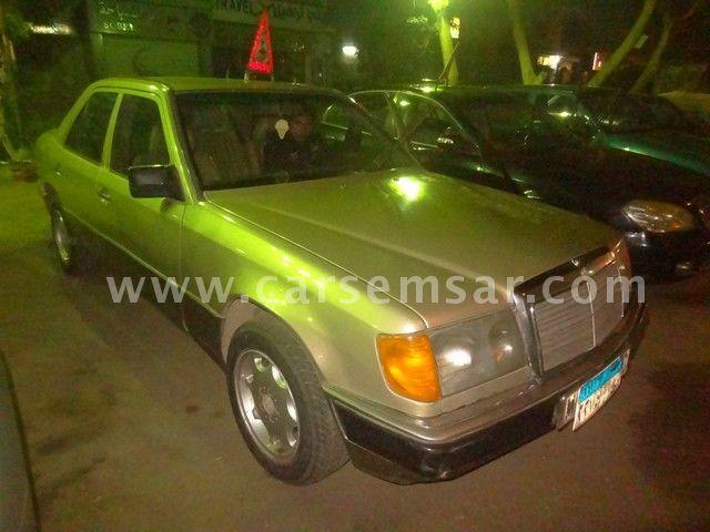 1987 Mercedes-Benz E-Class E 200