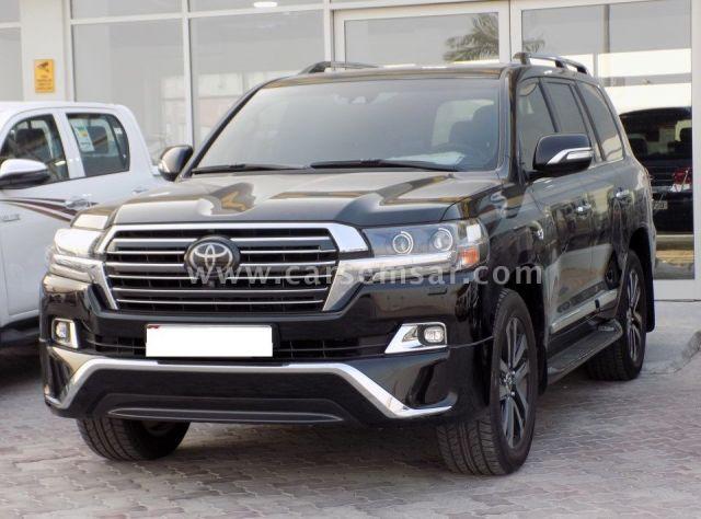 2018 Toyota Land Cruiser VXS Black Edition