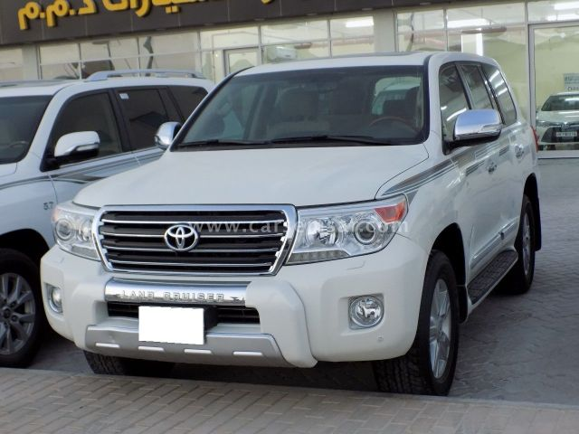 2014 Toyota Land Cruiser GXR V8 Limited