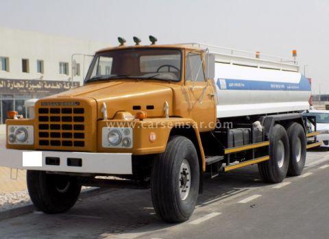 1996 Nissan Tanker
