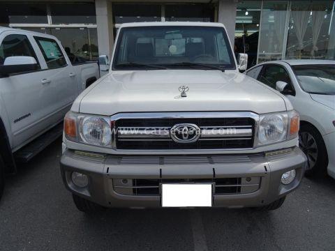 2013 Toyota Land Cruiser Pickup LX