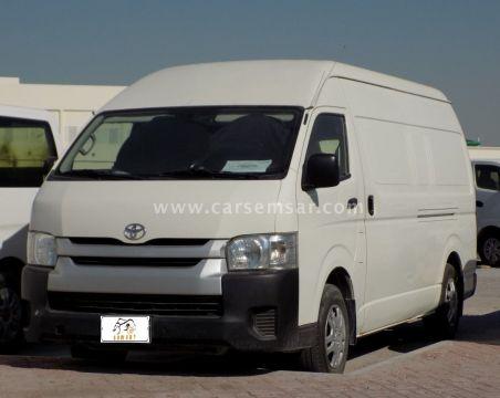 2015 Toyota Hi-Ace 2.7